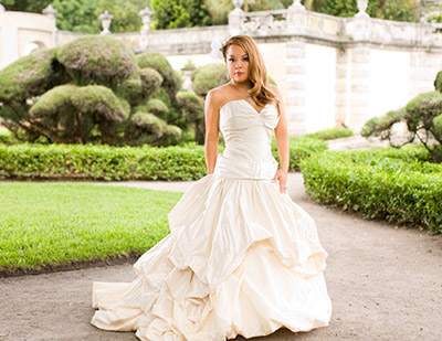 Bridal Portrait in Vizcaya by Miami Photographer Tom Clark