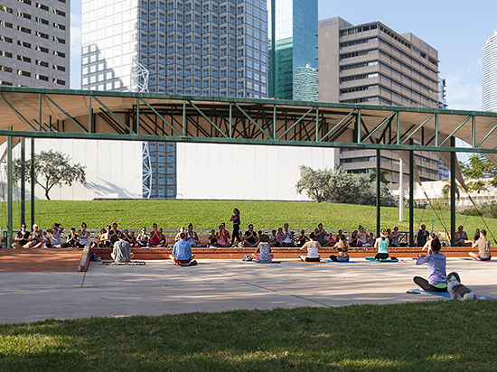 yoga in the park by Miami photographer