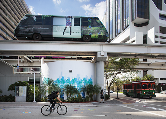free transportation in Miami by photographer Tom Clark